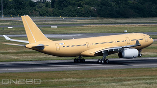 Armee de l'Air A330-243MRTT msn 1998 F-WWCH / EC-339 / F-UCJM
