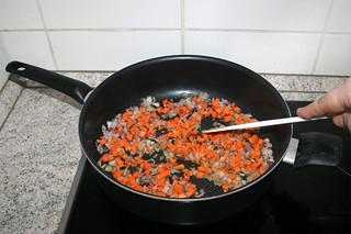27 - Braise diced carrots / Möhrenwürfel andünsten