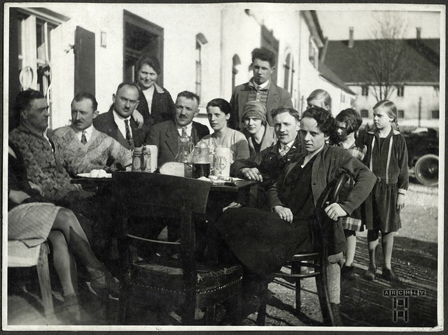 ArchivTappen24AAL4l55 Benno Bauer, Automobilausflug, München, 1920er