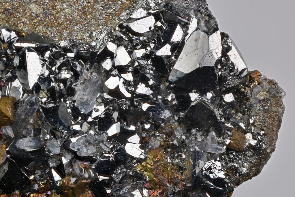 鉄四面銅鉱 / Tetrahedrite-(Fe)