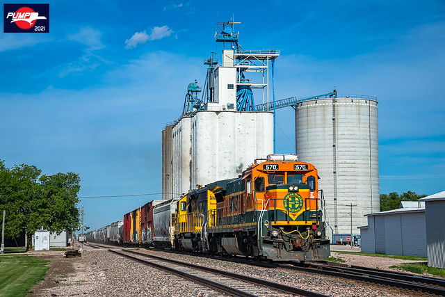 Westbound BNSF Local Train at Exeter, NE