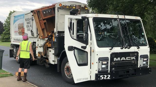 Penn Waste Mack LR Labrie Expert 522