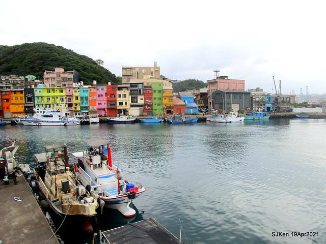 「正濱漁港」(Cheng Ping Fishing Port), Keelung, North Taiwan, Apr 19, 2021.)