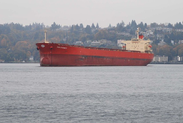 At anchor in Elliott Bay in Seattle... 20061102_2583