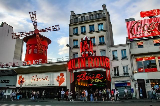 Le Moulin Rouge, 82 blvd de Clichy, 18e arr. de Paris. Île-de-France, France