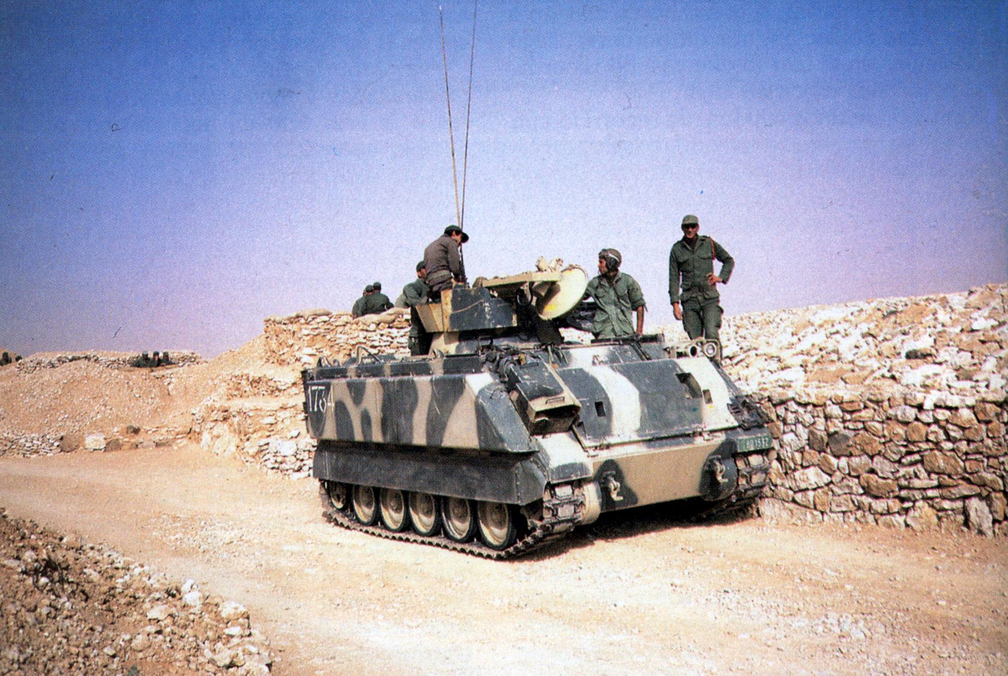 Le conflit armé du sahara marocain - Page 16 51224579925_b2564319bc_k_d