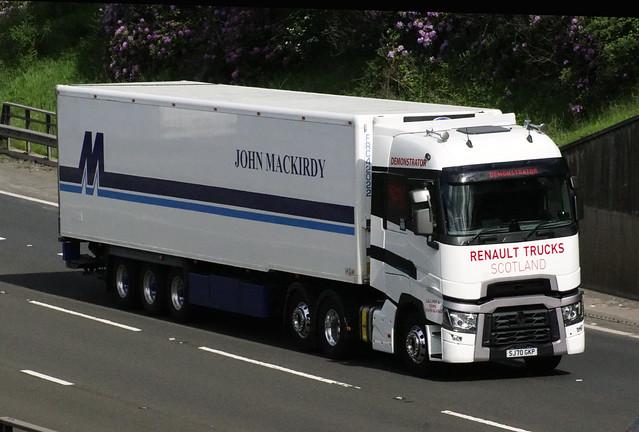 04 Renault Trucks Demonstrator