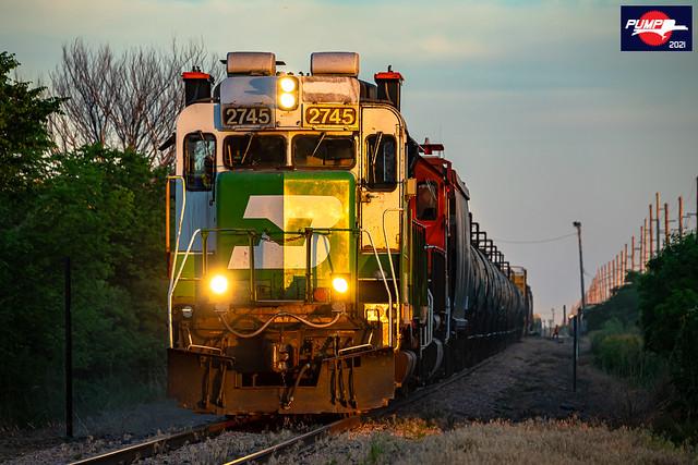 Northbound BNSF Road Switcher Train at Crete, NE