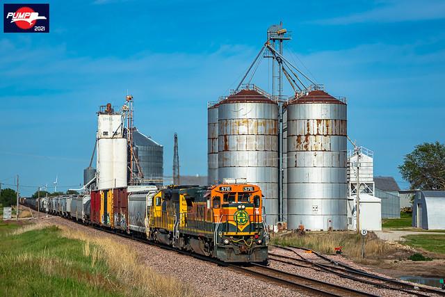 Westbound BNSF Local Train at Grafton, NE