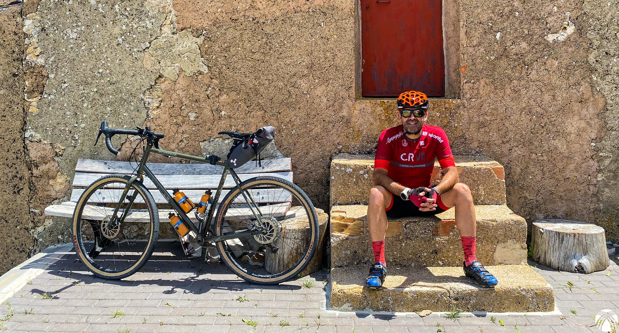 En Don Domingo junto a la fuente