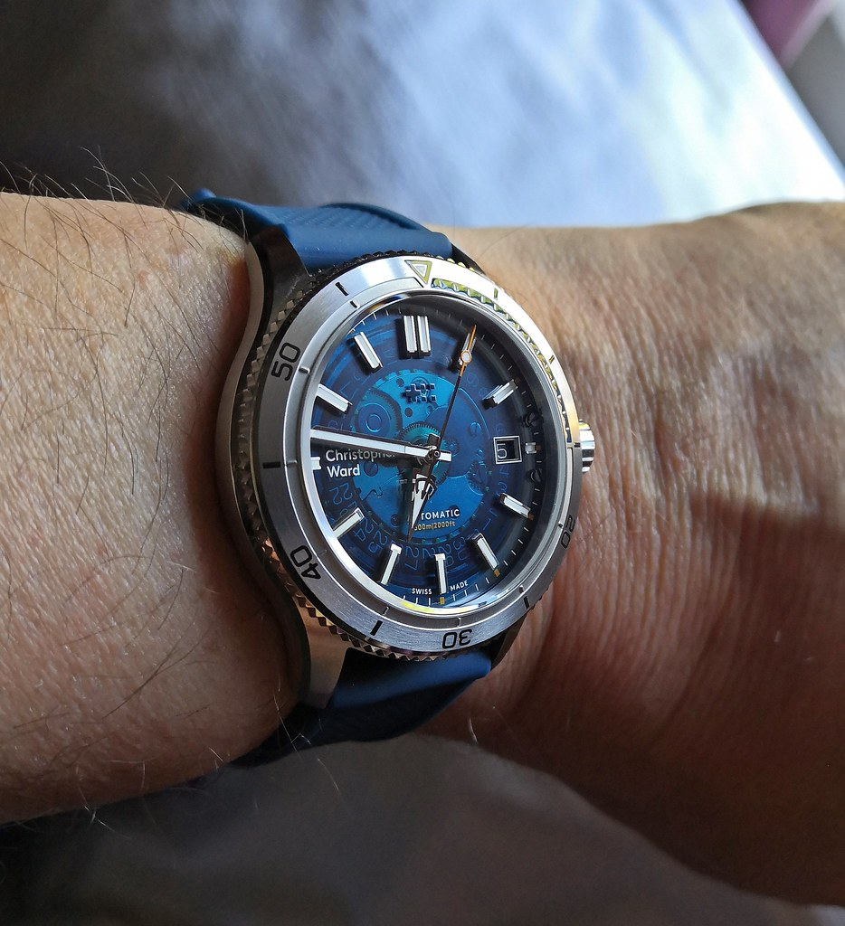 Christopher Ward 'C60 Blue Sapphire'  (Cal Sellita SW200-1)