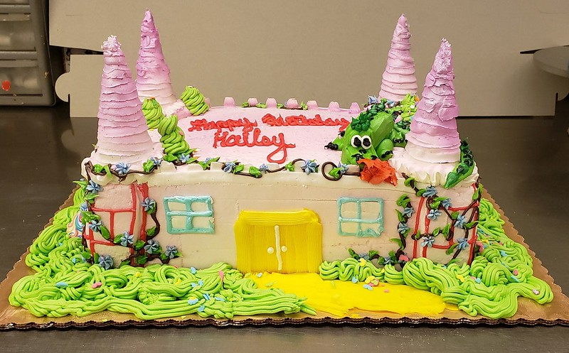 Cake by Keash Cakes