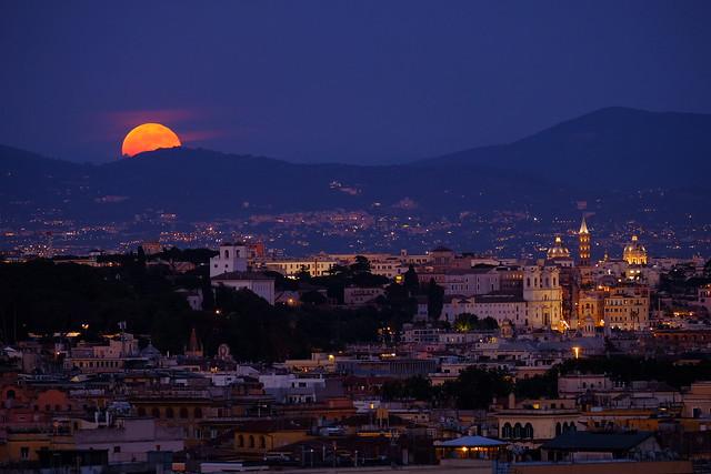 Rome MoonRise (Explored)