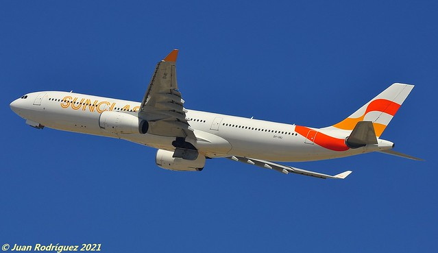 OY-VKI - Sunclass Airlines - Airbus A330-343 - PMI/LEPA