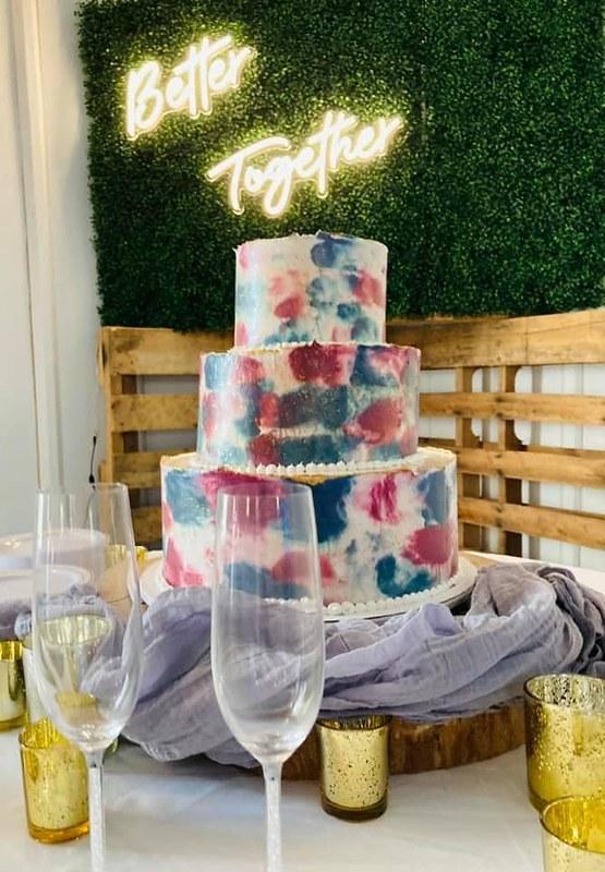 Cake by Anna's Sweet Treats
