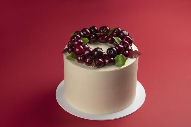 Special occasion honey cakes