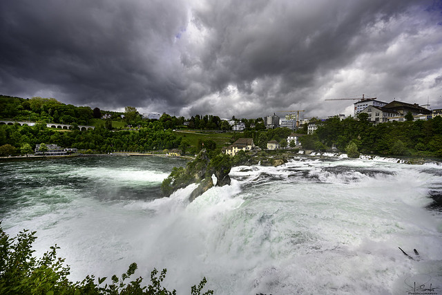 Thunderstorm approaching - Rheinfall - Laufen-Uhwiesen - Zürich - Switzerland