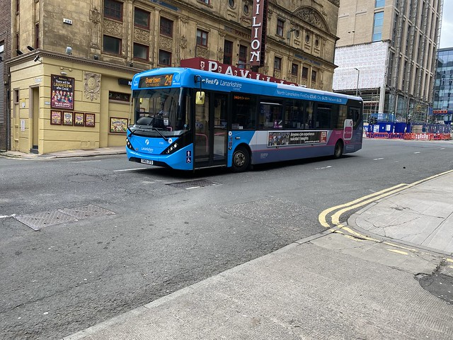 First Lanarkshire's SN65 ZFD heading for Overtown on the 240