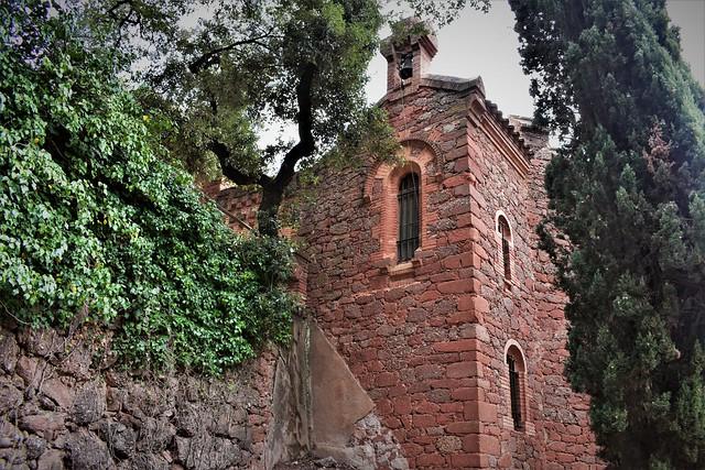 05-06-2021 Pequeña capilla Marquet de les Roques.