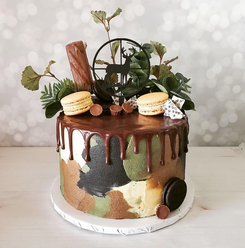 Cake by Kollaja Cakes