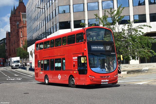17 | Metroline | VWH2014 | London Bridge