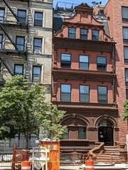 2064 Fifth Avenue