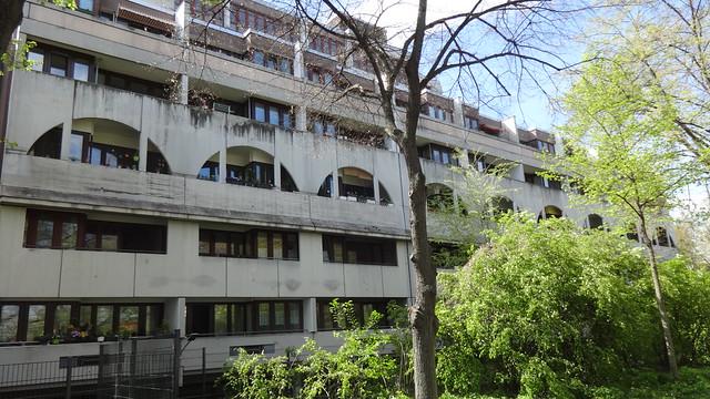1968/71 Berlin-W. Apartmentwohnhaus in Brutalismus 7Et. Mollwitzstraße 6-10/Spandauer Damm 42-44 von Johannes Uhl/Wolfgang Jokisch/Michael Klewer in 14059 Charlottenburg