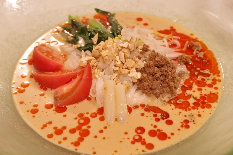 keizan tantan noodle京成ホテルミラマーレ「景山」の「冷やし担々麺