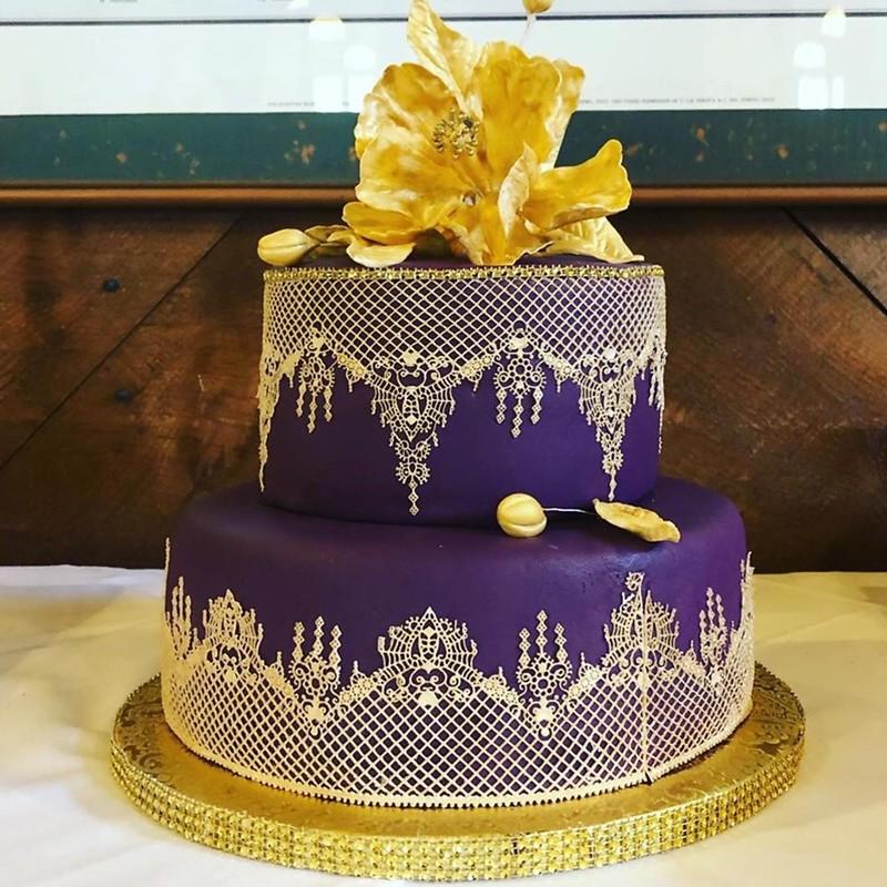 Cake by Elaine's Cake & Cheesecake Plus