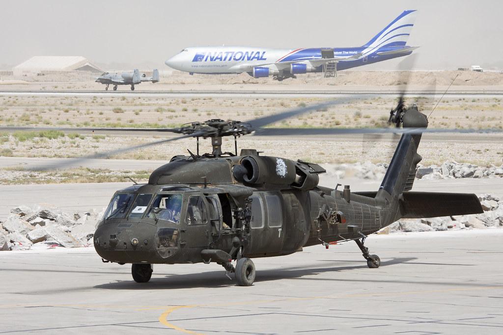 92-26540_UH-60LBlackHawk_USArmy_KDH_Img01