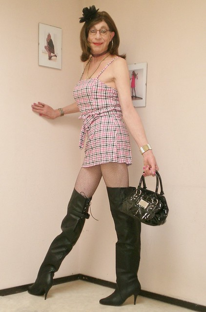Top, skirt and boots.