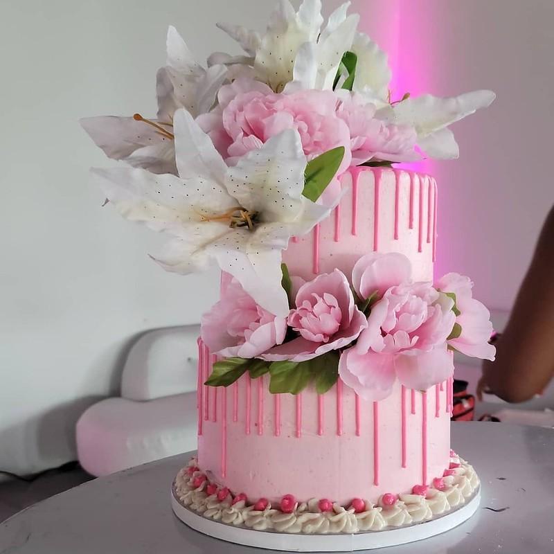 Cake by Klassy Kakes