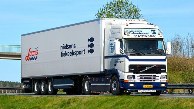DK - Volvo FH12 Globetrotter XL - Nielsens Fiskeeksport