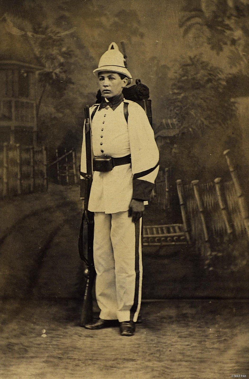 Портрет солдата. Филиппины, город Манила