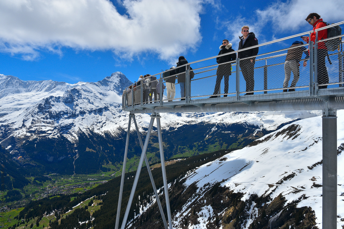 Grindelwald-(2)