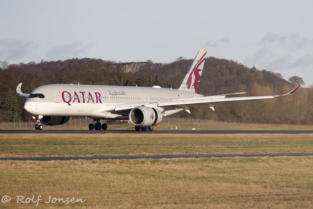 A7-ALT Airbus A350-900 Qatar Airways Edinburgh airport EGPH 12.01-20
