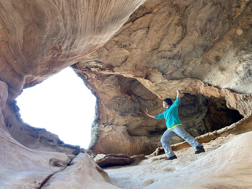 Lanna-Leung-Philligia-Sandstone-Caves-NSW-May-2021-01