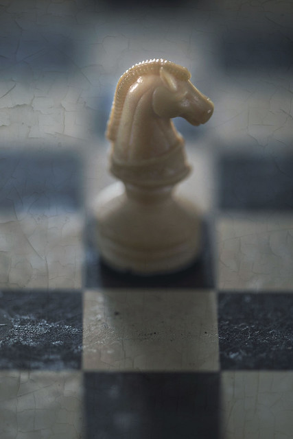Macro Mondays - Board game pieces - Magnetic Chess
