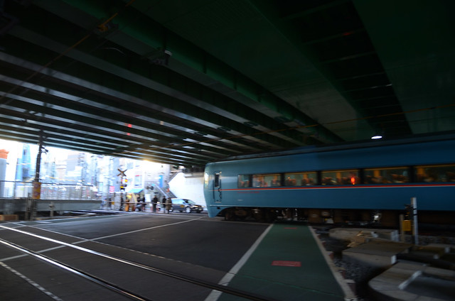 Romancecar MSE at Railroad Crossing under Ring Road No.6 Overpass at the End of 2018: 7