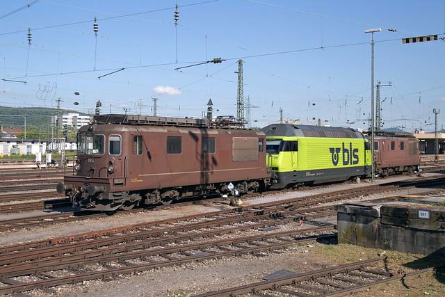 BLS 425 186 + 465 011 + 425 170 Basel Badischer Bahnhof