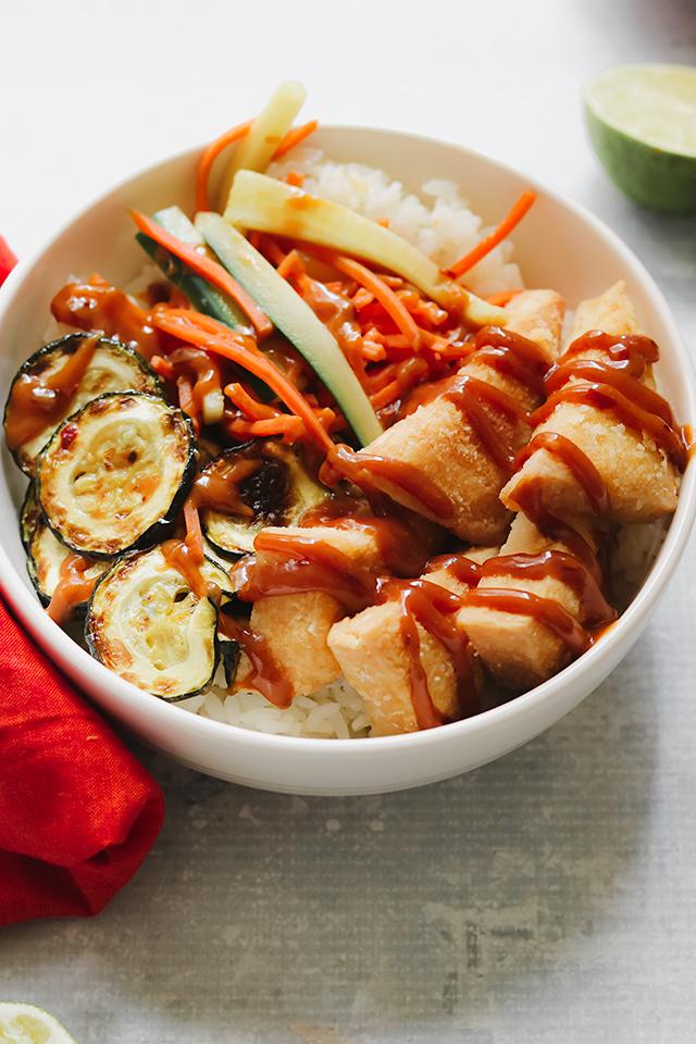 Crispy Tofu Buddha Bowls with Peanut Sauce and Quick-Pickled Veggies