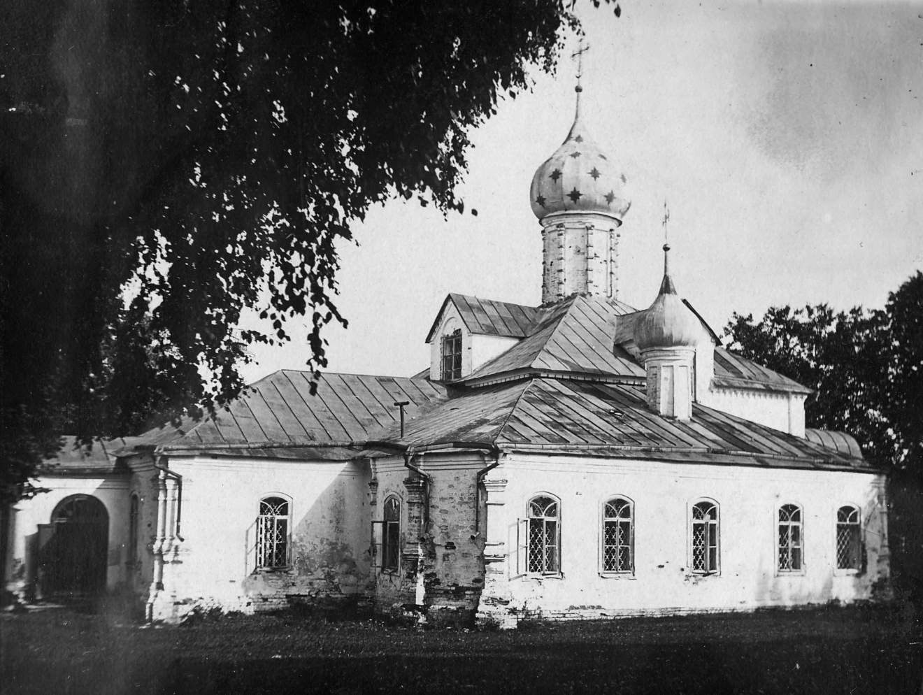 Введенская церковь в Фёдоровском монастыре