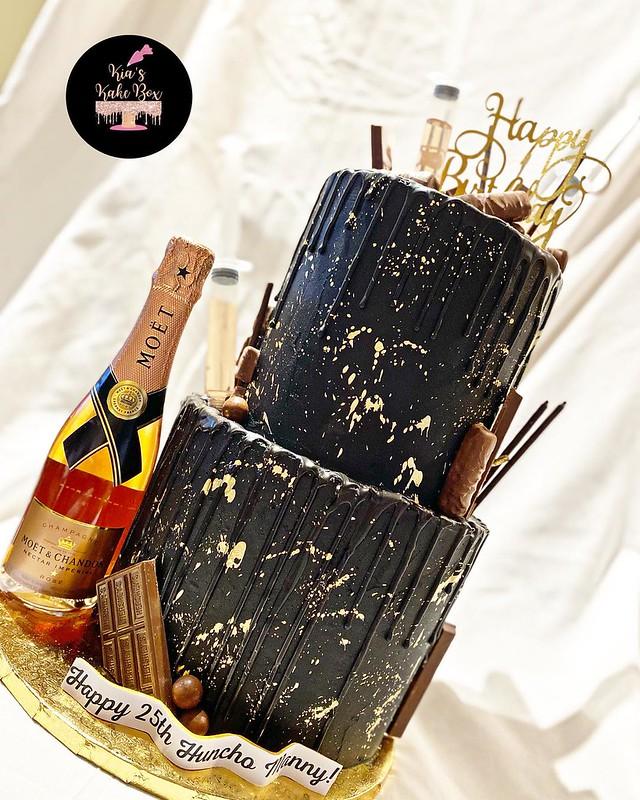 Cake by Kia's Kake Box