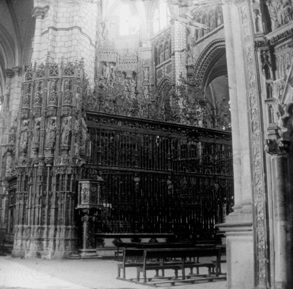 La Catedral: reja del altar mayor en los años 20, fotografía de Daniel Dufol Álvarez