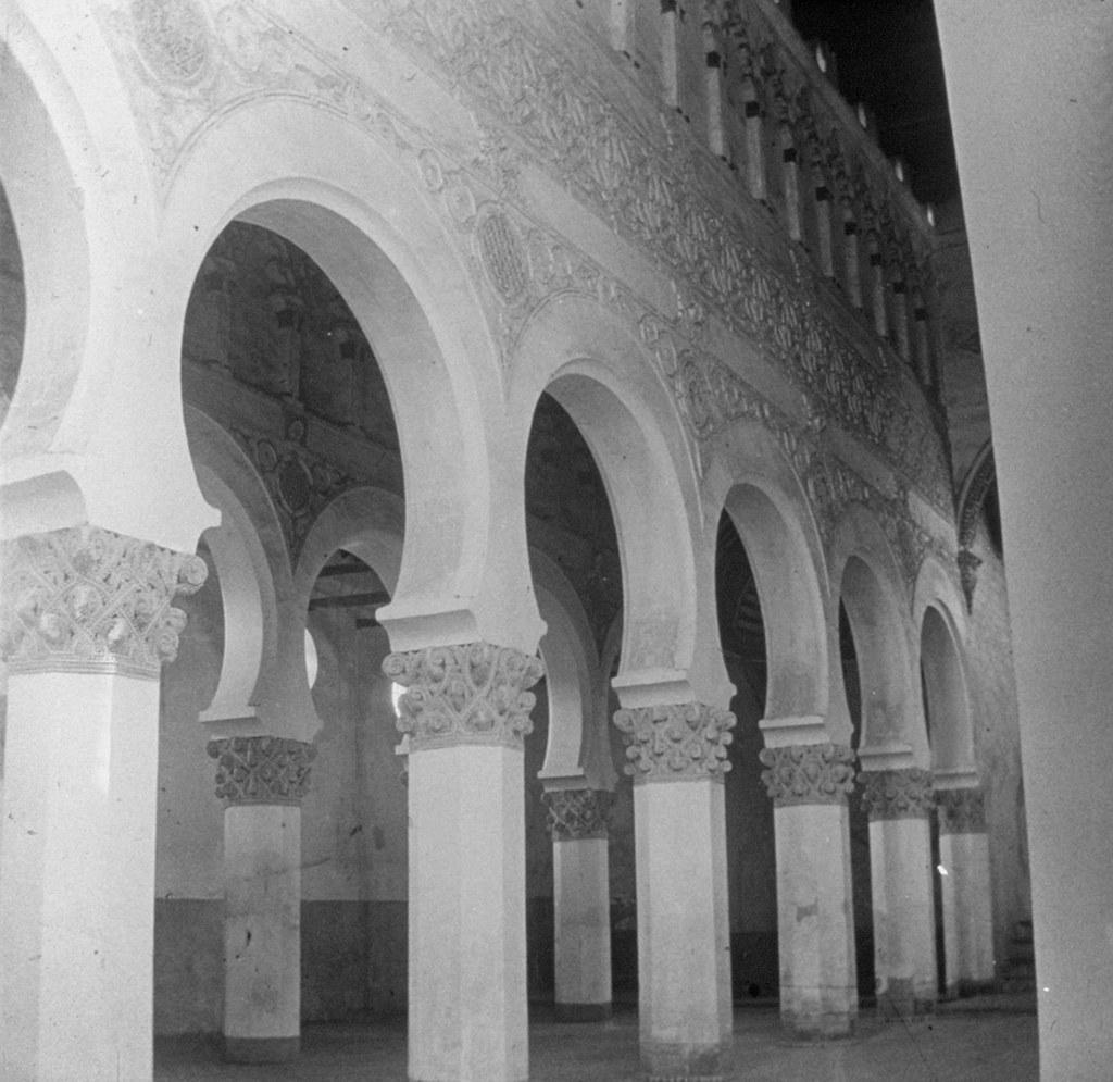 Sinagoga de Santa María la Blanca en los años 20, fotografía de Daniel Dufol Álvarez
