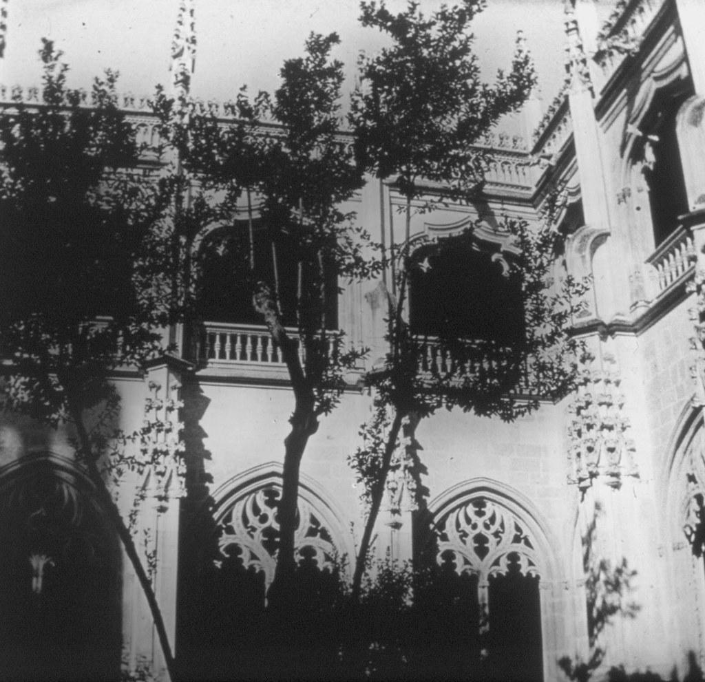 Claustro de San Juan de Los Reyes en los años 20. Fotografía de Daniel Dufol Álvarez