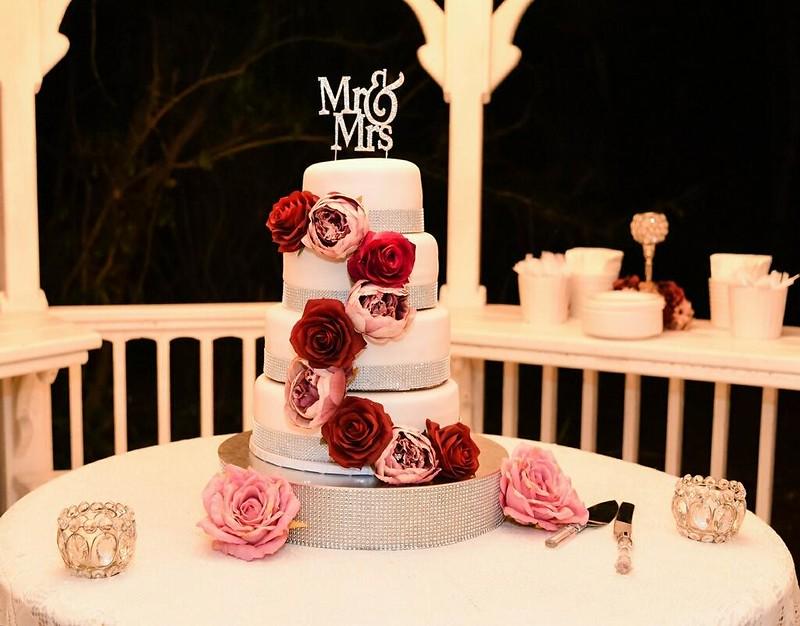 Cake by Kupz n Cakes