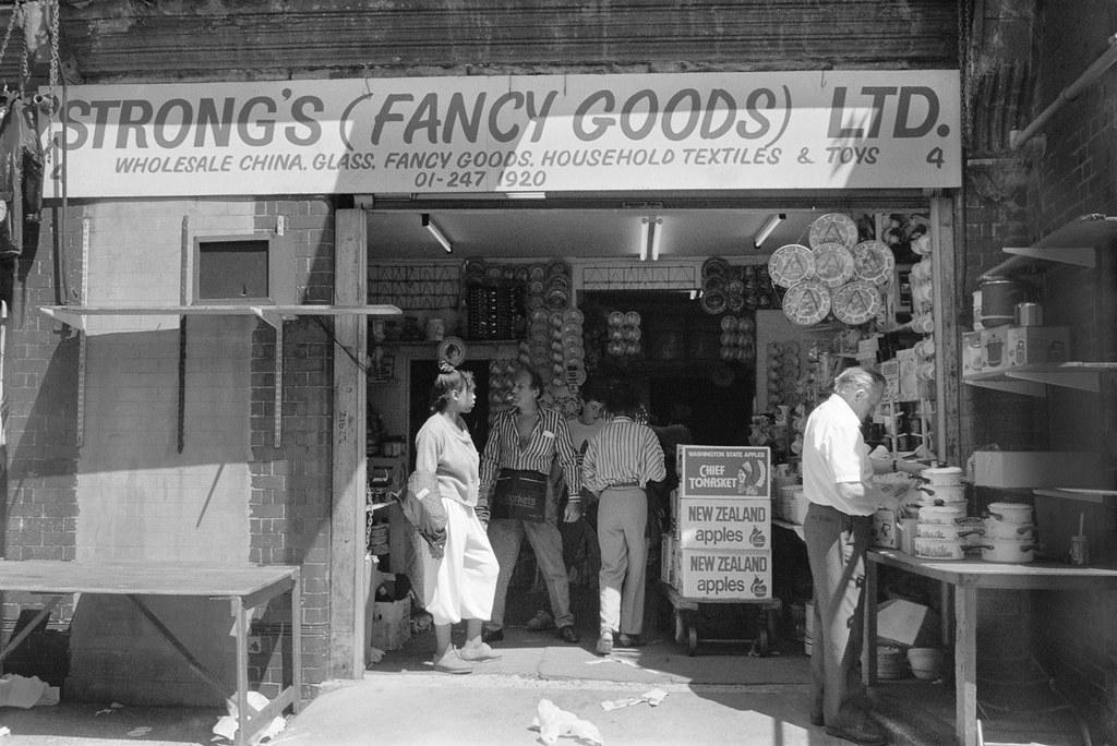 Strong's (Fancy Good) Ltd, Brick Lane area, Tower Hamlets, 1990, 90-72-26