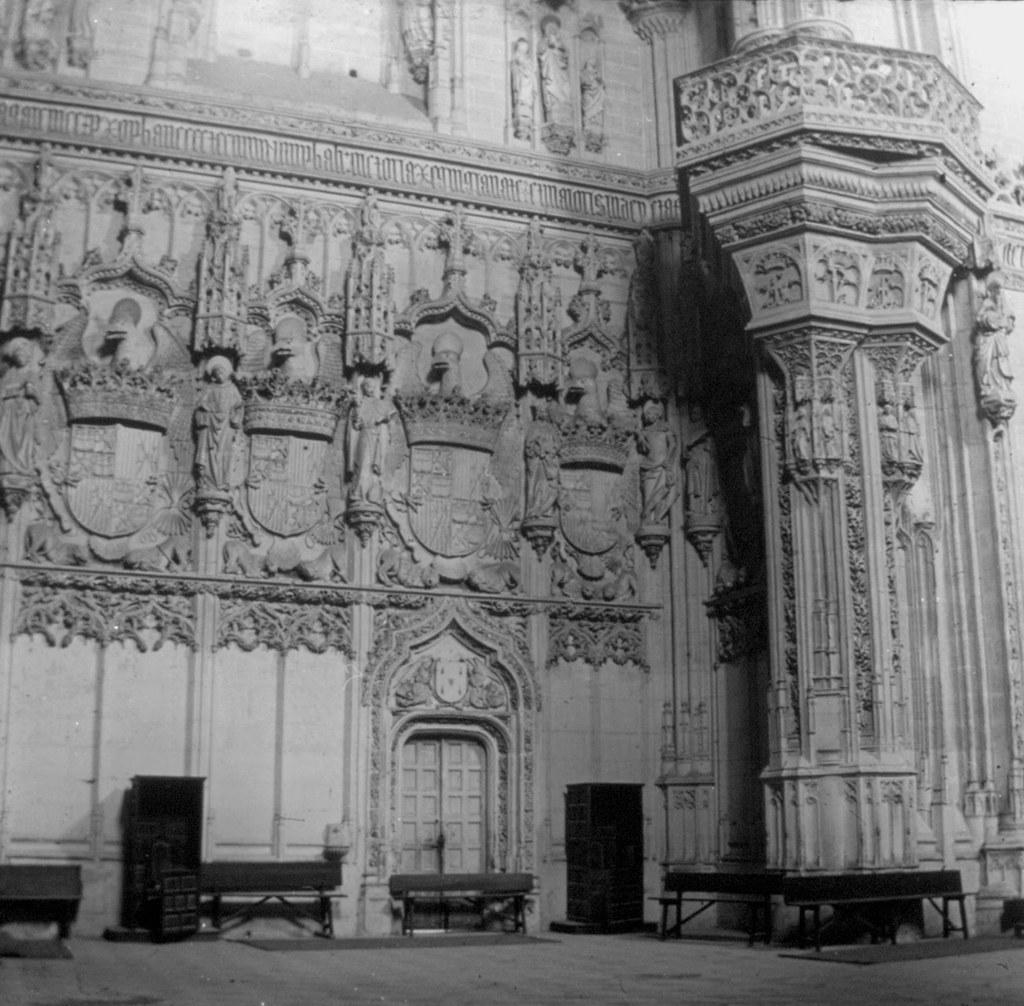 Interior de san Juan de los Reyes en los años 20. Fotografía de Daniel Dufol Álvarez