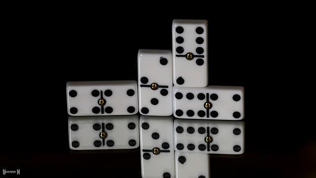 9819 - Board game pieces #MM Dominos